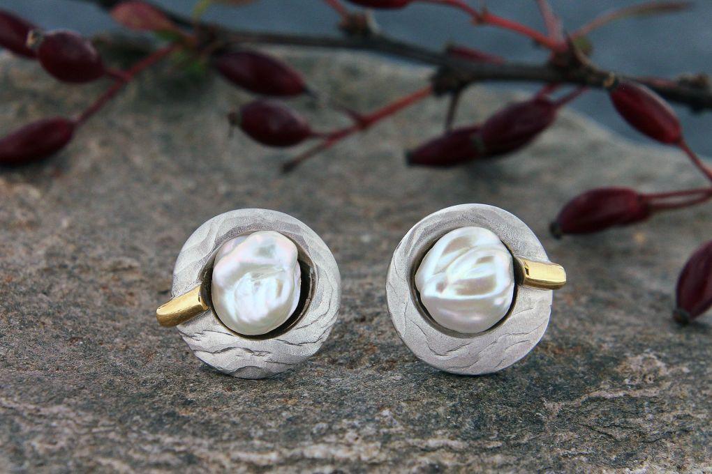 Ohrstecker Bicolor, mit Perlen