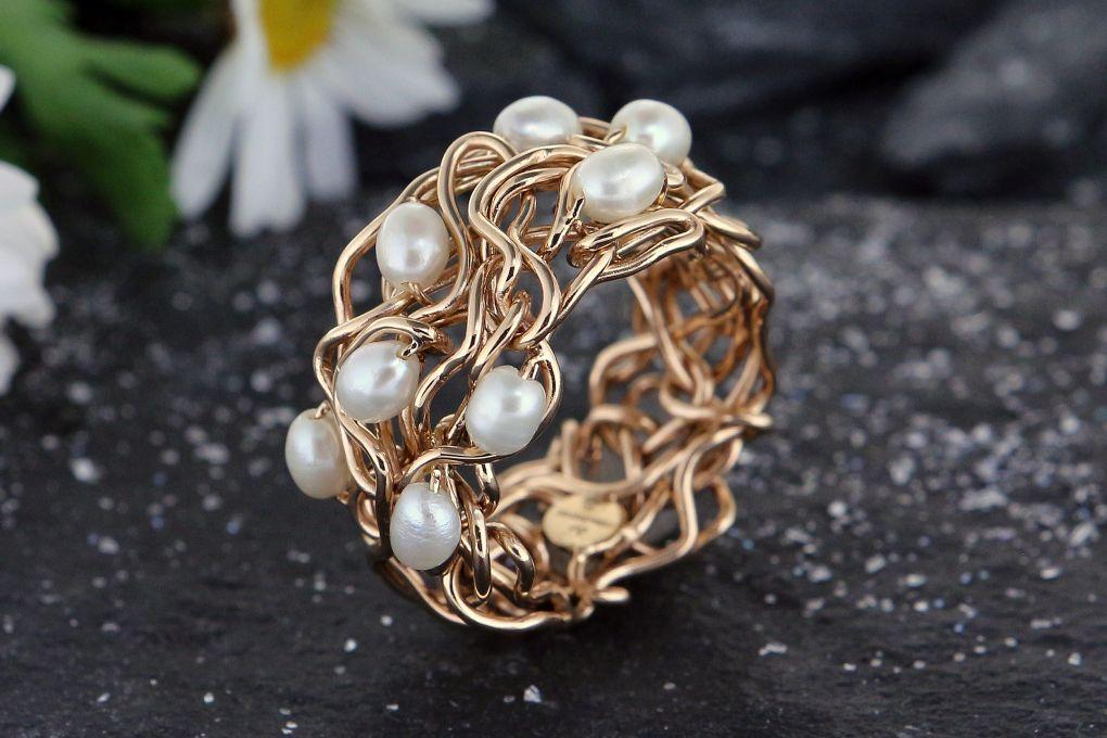Damenring in Gelbgold 750, mit Perlen